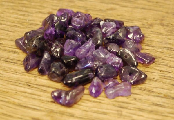 "AMETHYST SMALL TUMBLE CHIP BEADS - 50 BEADS or 36"" STRING"